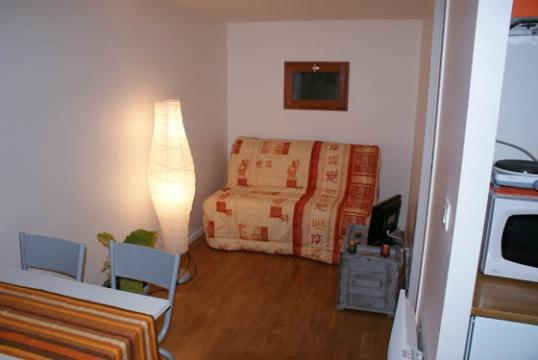 Flat in Athis-Mons - Vacation, holiday rental ad # 10196 Picture #3