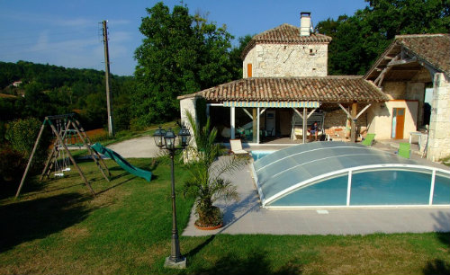 Gite in Montaigu de quercy for   12 •   with private pool