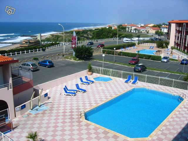 Flat in Anglet - Vacation, holiday rental ad # 11369 Picture #0