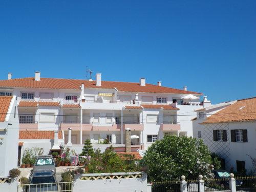 Appartement à Praia areia branca pour  8 •   avec balcon
