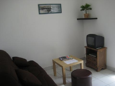 Plobannalec-lesconil -    2 bedrooms