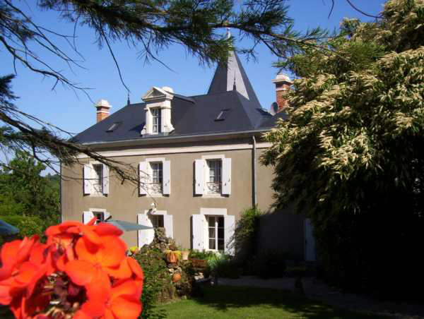 House in MAREUIL-sur-LAY - Vacation, holiday rental ad # 12113 Picture #2