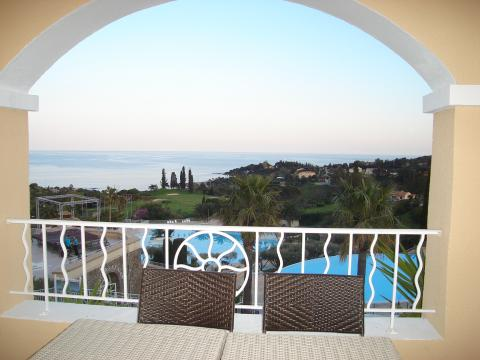 Studio in agay - Vacation, holiday rental ad # 12246 Picture #1