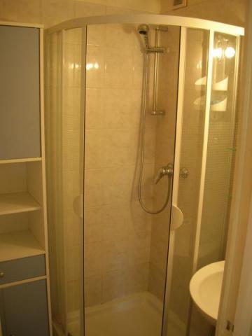 appartement annecy louer pour 4 personnes location n 12414. Black Bedroom Furniture Sets. Home Design Ideas