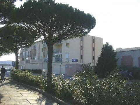 Flat in Gruissan - Vacation, holiday rental ad # 1474 Picture #0
