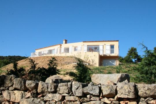 Maison à Sartene à louer pour 4 personnes - location n°1748