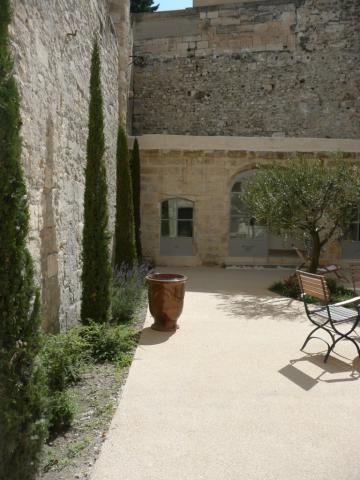 House in Avignon - Vacation, holiday rental ad # 1764 Picture #0