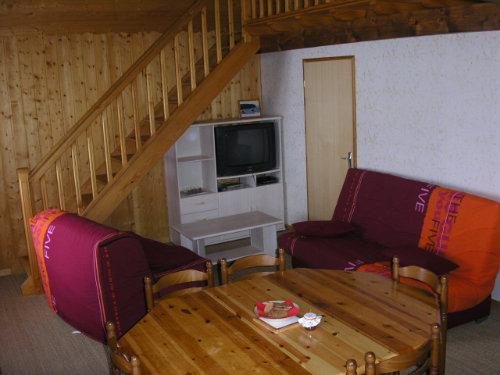 Maison aux fourgs louer pour 4 personnes location n 2295 for Studio a louer a yverdon