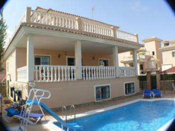 House in Torrevieja - Vacation, holiday rental ad # 2601 Picture #0