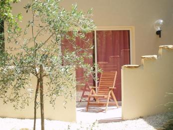 Gite in Grillon - Vacation, holiday rental ad # 3266 Picture #1