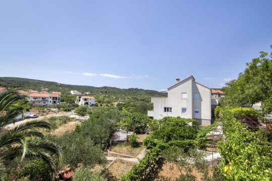House in Slatine - Vacation, holiday rental ad # 3361 Picture #2