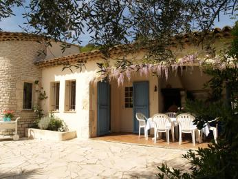 House in Vence - Vacation, holiday rental ad # 3519 Picture #2