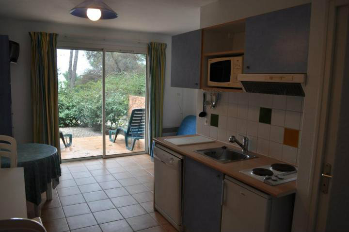 Flat Bandol - 4 people - holiday home  #3690