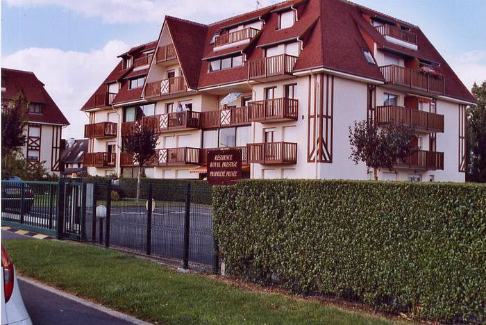 Flat in villers sur mer - Vacation, holiday rental ad # 3769 Picture #0 thumbnail