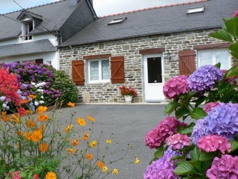 Maison à Pleyben à louer pour 4 personnes - location n°462