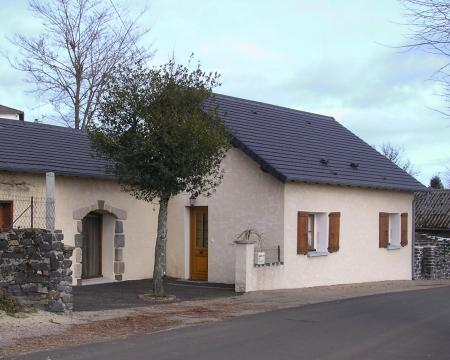 House in Pleaux - Vacation, holiday rental ad # 4622 Picture #0