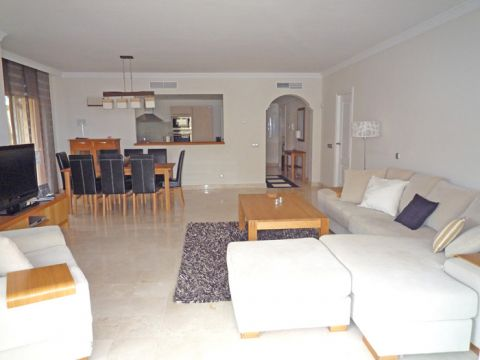 Flat in Puerto Banus - Vacation, holiday rental ad # 4631 Picture #1