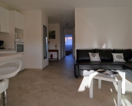 Flat in HYERES - Vacation, holiday rental ad # 5297 Picture #2
