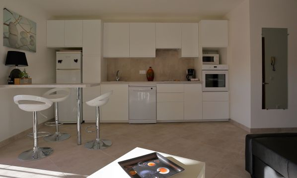 Flat in HYERES - Vacation, holiday rental ad # 5297 Picture #4