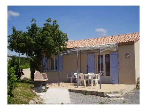 Gite à Aubenas à louer pour 6 personnes - location n°5751