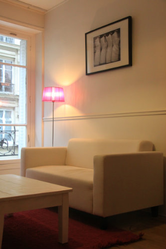 Flat in Paris - Montmartre - Vacation, holiday rental ad # 5832 Picture #1