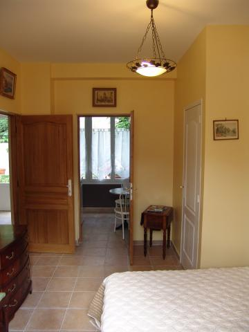 Bed and Breakfast in Argenteuil - Vacation, holiday rental ad # 6087 Picture #2