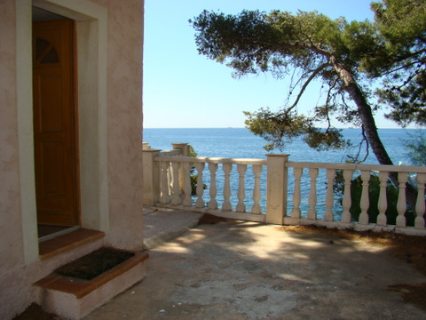 House in Carqueiranne - Vacation, holiday rental ad # 6131 Picture #0