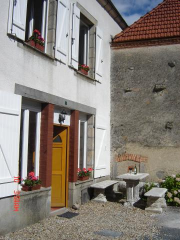 House in Domeyrot - Vacation, holiday rental ad # 6283 Picture #3