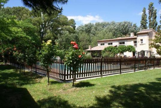 Flat in Ventabren - Vacation, holiday rental ad # 6647 Picture #2