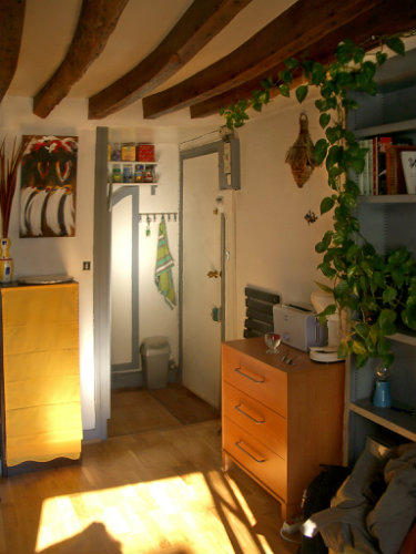 Studio in Paris - Vacation, holiday rental ad # 7618 Picture #3