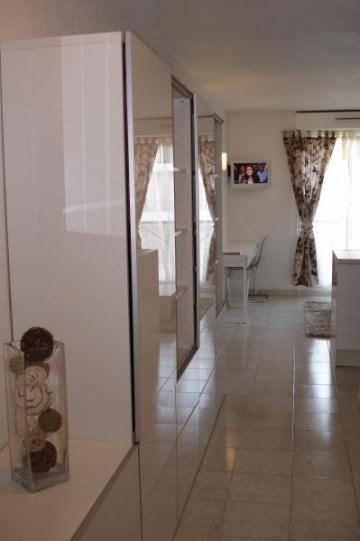 Studio in Marseille - Vacation, holiday rental ad # 7649 Picture #2