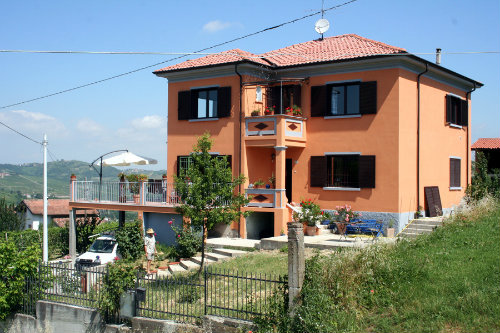 House in Montecalvo Versiggia - Vacation, holiday rental ad # 8068 Picture #4