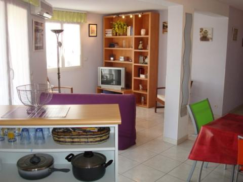 Flat in Saint Cyprien - Vacation, holiday rental ad # 8120 Picture #0