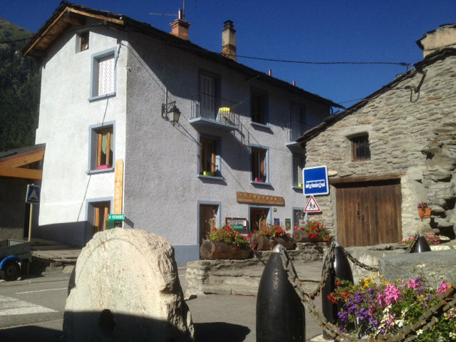 House in Saint André - Vacation, holiday rental ad # 8130 Picture #0