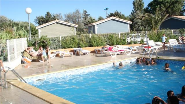 Bungalow in Gruissan - Vacation, holiday rental ad # 8403 Picture #1