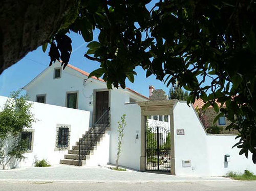 Bed and Breakfast Maçãs De Dona Maria - 6 people - holiday home  #8934
