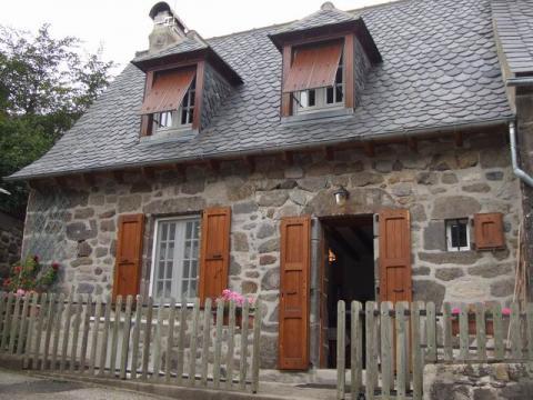 Gite à Le falgoux à louer pour 4 personnes - location n°9666