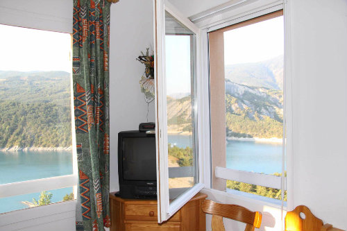Flat in Le sauze du lac - Vacation, holiday rental ad # 9682 Picture #5