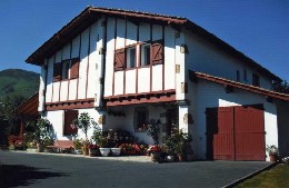Habitaciones de huéspedes (con desayuno incluido) 2 personas Ascain - alquiler n°10424