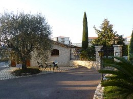 Maison 4 personnes Antibes - location vacances  n°10632