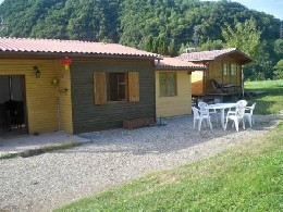 Chalet in La chapelle du bard for   6 •   animals accepted (dog, pet...)