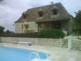 Huis in Sainte sabine born voor  11 •   met privé zwembad