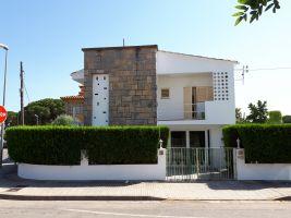 Maison Escala - 7 personnes - location vacances  n°11312