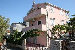Maison Okrug Gprnji - 4 personnes - location vacances  n°11630