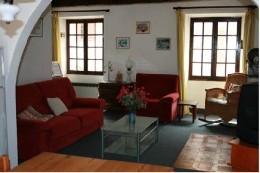 Haus in Quinson für  5 •   mit Terrasse