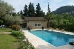 House in Sollies toucas for   6 •   with shared pool