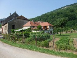 Petite maison de vacances ancienne aux Planches près d'Arbois