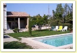 Gite Senas - 4 personnes - location vacances  n°2608