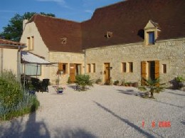 House in Sarlat for   6 •   private parking   #2751