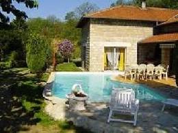 Gite à Genestelle pour  13 •   avec piscine privée
